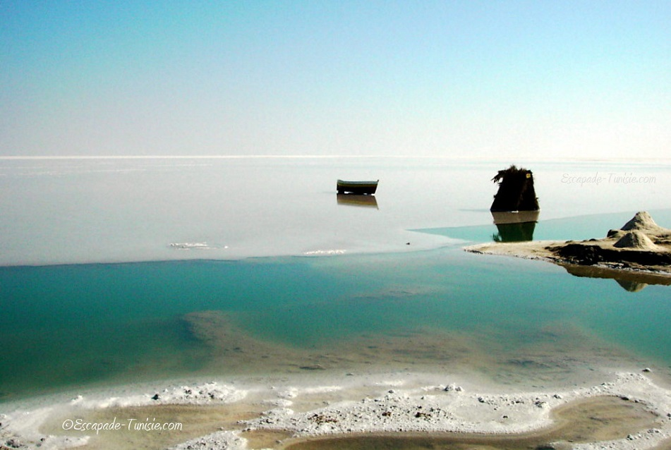 Lacs de sel : les énigmatiques Chotts du Sud tunisien…